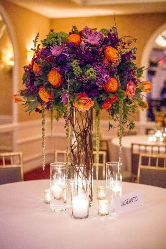 Imagine yourself going down the aisle following a trace of dried flowers to a splendid flower arch carrying the most stunning bouquet of autumn wedding flowers! For more ideas got to wedwithbliss.com