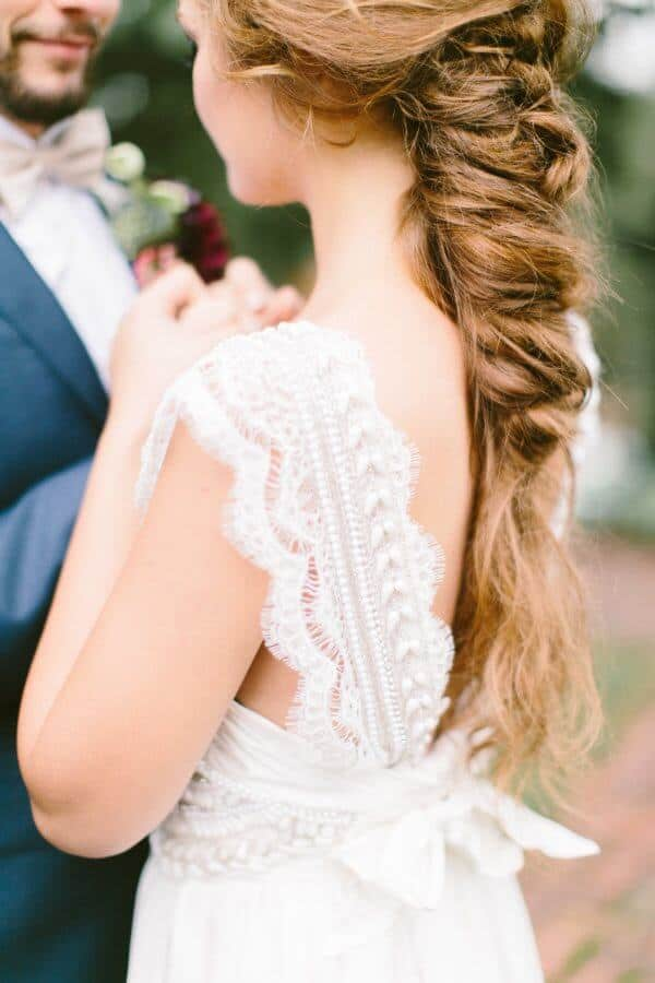 Find out all the cute wedding hairstyles we gathered. You will have your future husband falling in love all over again when he sees you walk down the aisle… For more ideas go to wedwithbliss.com