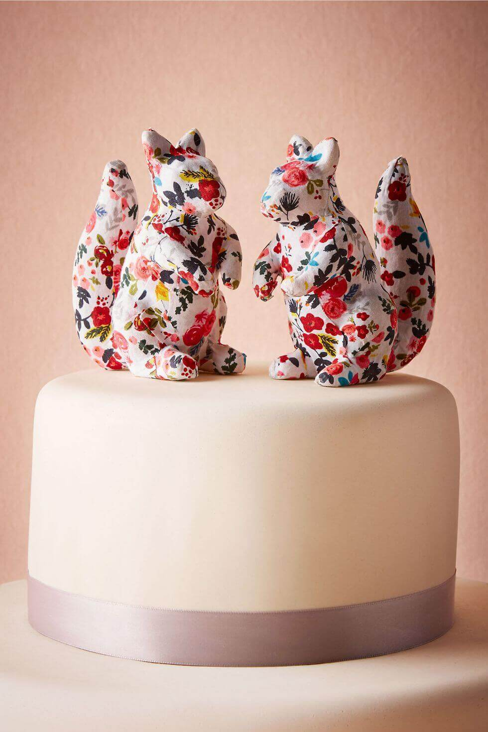 Wedding cake toppers are the main topic this time, but you can find other amazing posts on wedding planning on our site, so do stick around. More wedding ideas go to wedwithbliss.com